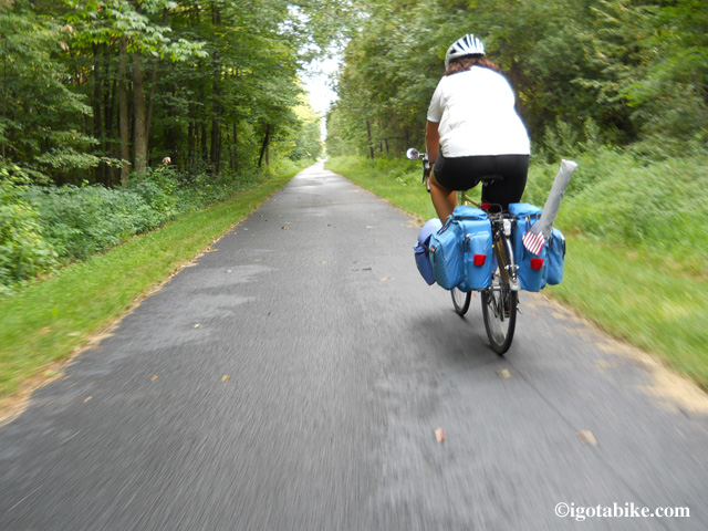 The Western Reserve Greenway is flat, smooth and straight. We had a blast drafting on this trail. It is very rural and secluded.