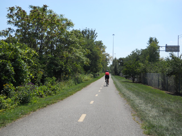 The Olantangy Trail is a nice ride and is marked with a center line. There are many side spur bicycle path connectors and the center line can help to keep you on the main trail.